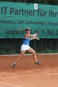 NBV-Damen fahren wichtigen 6:3 Sieg beim Solinger TC 02 ein - Profi-Spielerin Marina Bassols führte das Damen-Team an 2